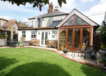 Thumbnail 3 bed cottage for sale in Church Road, Rawreth, Wickford