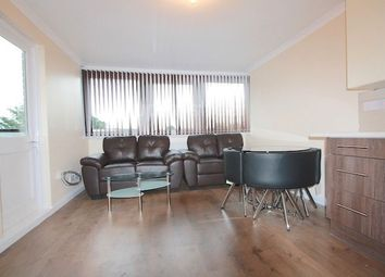 Thumbnail 4 bed flat to rent in Georges Road, London