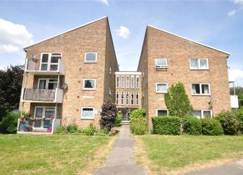 Thumbnail 2 bedroom flat for sale in Horsham, West Sussex