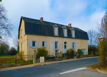 Thumbnail 7 bed villa for sale in Chantelle, Allier, France