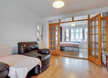 3 bed detached house to rent in Rydal Crescent, Perivale UB6