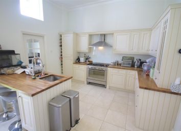 Thumbnail 5 bedroom terraced house to rent in Beach Road, Southsea