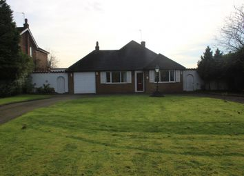 Thumbnail 3 bed bungalow to rent in Barr Common Road, Aldridge, Walsall