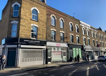 Thumbnail 1 bed flat to rent in Greenlanes, Islington