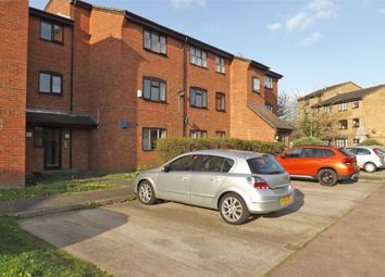 Thumbnail 1 bedroom flat for sale in Falcon Avenue, Grays, Essex