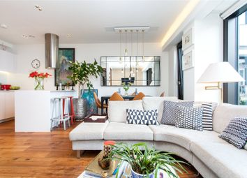 Thumbnail 2 bed flat for sale in Wood Street, Moorgate, London