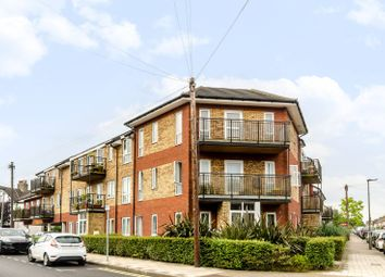Thumbnail 2 bed flat for sale in Cowper Road, Bromley