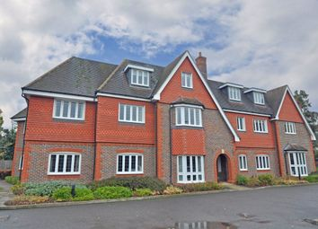 Thumbnail 2 bed terraced house to rent in Shoppenhangers Road, Maidenhead