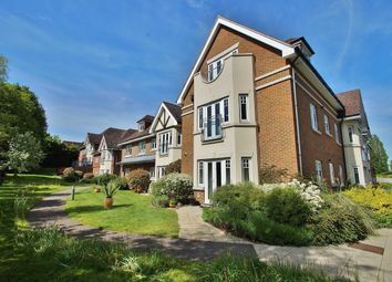 Thumbnail 2 bed flat for sale in Cobham Road, Fetcham, Leatherhead