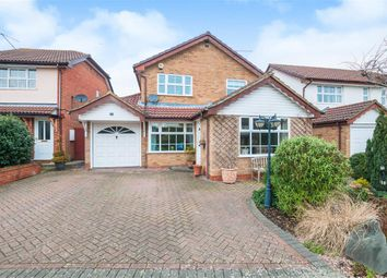 Thumbnail 3 bed detached house for sale in Sunderland Close, Woodley, Reading