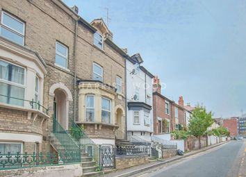 Thumbnail 2 bed flat to rent in Alexandra Road, Colchester