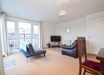 Thumbnail 2 bed flat for sale in Candle Street, London