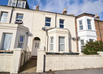 1 bed flat to rent in Ashford Road, Eastbourne BN21