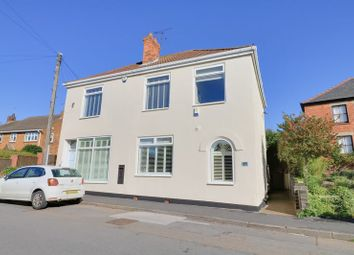 5 bed property for sale in High Street, Haxey, Doncaster DN9