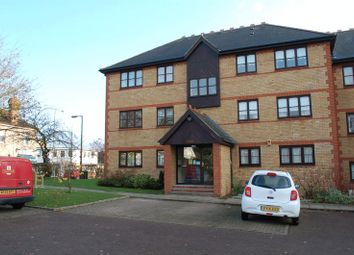 Thumbnail 2 bed flat to rent in College Close, Grays