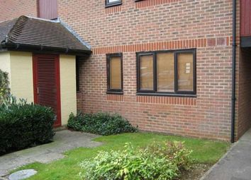 Thumbnail Studio to rent in Cullerne Close, Abingdon