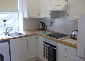Thumbnail 2 bed flat to rent in Queen Street, Torquay