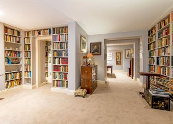 Thumbnail 2 bed flat for sale in Clerkenwell Road, London