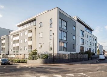 Thumbnail 1 bedroom flat to rent in Hillyfield, London