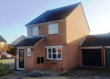 Thumbnail 3 bed property to rent in St. Hildas Close, Didcot