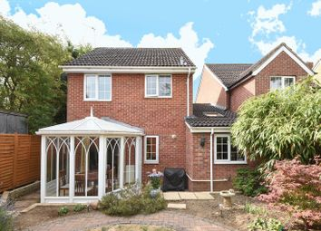 Thumbnail 3 bed detached house for sale in Lee Avenue, Abingdon