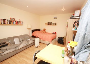 Thumbnail Studio to rent in Westway, East Acton