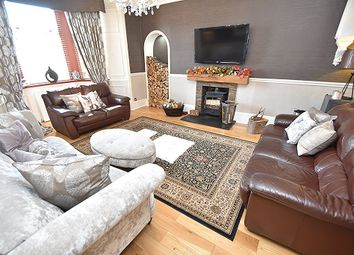 Thumbnail 4 bedroom detached house for sale in Hardhill Road, Bathgate