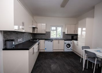 Thumbnail 4 bed flat to rent in Lewisham Way, London
