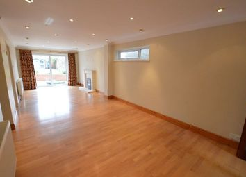 Thumbnail 4 bed detached house to rent in Ranleigh Walk, Harpenden