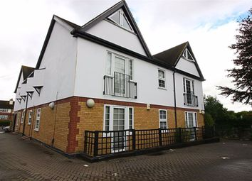 Thumbnail 2 bedroom flat to rent in Flamstead End Road, Cheshunt, Hertfordshire