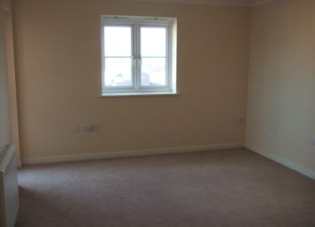 Thumbnail 2 bed flat to rent in Retort Close, Southend