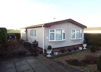 Thumbnail 2 bed mobile/park home for sale in Haddenham, Ely, Cambridgeshire