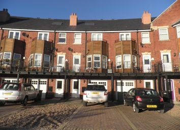 Thumbnail 4 bed terraced house to rent in Huntington Crescent, Leeds