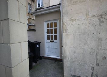 Thumbnail 2 bed flat to rent in Crandale Road, Bath