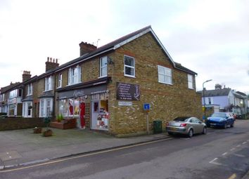 Thumbnail 3 bed flat to rent in Hatfield Road, Potters Bar, Herts