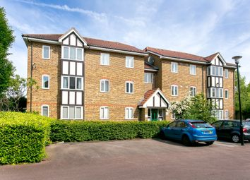 Thumbnail 2 bed flat to rent in Woodgate Drive, London