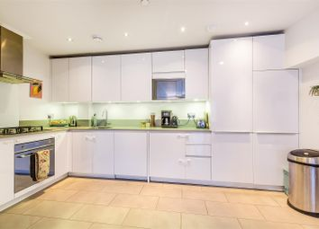 3 bed property for sale in Gipsy Road, London SE27
