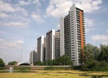 Thumbnail 3 bed shared accommodation to rent in Proton Tower, Blackwall Way