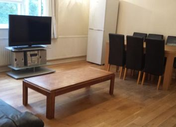 Thumbnail 4 bed flat to rent in Upstairs -, Queen Street, Bedford, Bedfordshire