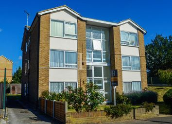 Thumbnail 2 bedroom flat for sale in Ambleside Drive, Southend-On-Sea, Essex