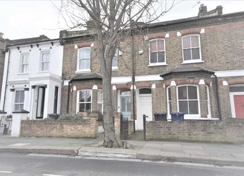 Room to rent in Antrobus Road, London W4
