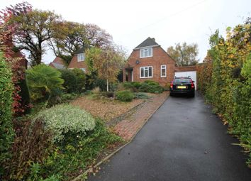Thumbnail 2 bed detached house to rent in West Valley Road, Hemel Hempstead