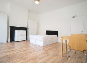 Thumbnail Room to rent in Green Lanes, London