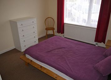 Thumbnail Room to rent in Bulan Road, Headington, Oxford