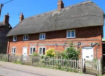 Thumbnail 3 bed cottage for sale in Chilton Foliat, Chilton Foliat