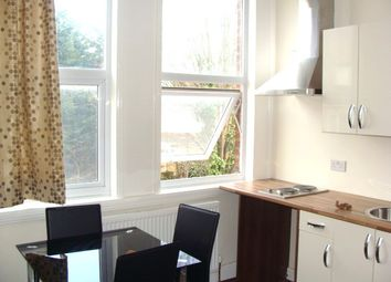 Thumbnail Studio to rent in All Bills & Council Tax Included, Hanger Lane /Ealing Broadway