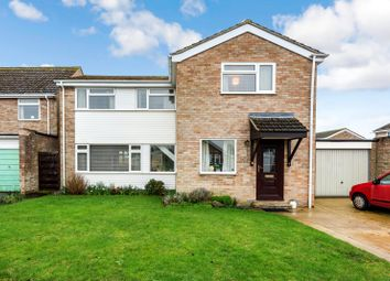 4 bed detached house for sale in Freeborn Close, Kidlington, Oxfordshire OX5