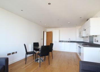 Thumbnail 1 bed property to rent in High Street, London