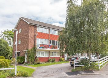 Thumbnail 2 bed maisonette for sale in Springfield Park, Twyford, Reading