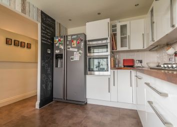 Thumbnail 2 bed flat to rent in 12 Brownlow House, George Row, London